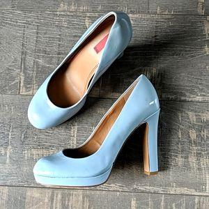 5 48 Olivia Baby Blue Patent Platform Heels BX138